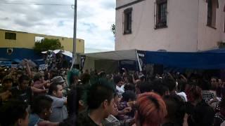 SINDROME DEL PUNK EN EL CHOPO....Ciudad en crisis