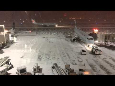 Ottawa Airport Winter Night Time-Lapse