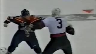 Lance Ward ( Florida Panthers ) vs Zdeno Chara ( Ottawa Senators ) ...