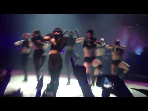 Lady Gaga - ITunes Festival - Swinefest - Intro, Aura, Speech