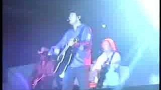 Watch Lee Kernaghan Electric Rodeo video