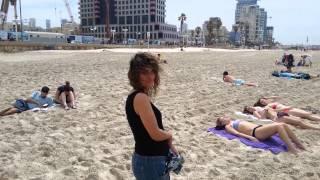 איילון ואלה פמסון בחוף הים