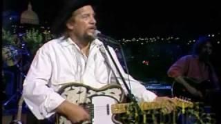 Waylon Jennings - Medley - Live 1984 thumbnail