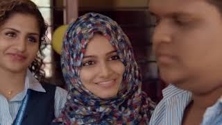 Download Video Oru Adaar Love Song MP3 3GP MP4
