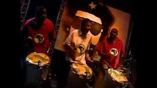 Afroreggae - Mosca Na Sopa (O Baú do Raul 2004) [Vídeo Oficial]