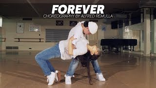 """Gambar cover Chris Brown """"Forever"""" 