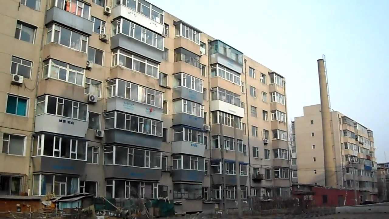 Συνδυάζοντας ένα μπαλκόνι με ένα δωμάτιο στο Khrushchevka: για και ενάντια