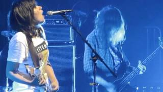 courtney barnett small poppies madison square garden in nyc 10232015