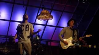 """Cat Ballou feat. Mo-Torres - """"Ansage & Liebe Deine Stadt"""" @ Refrath 17.12.2016"""