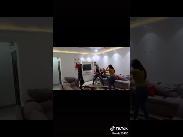 احمد حسن و زينب في عركه و احمد بيحمى زينب