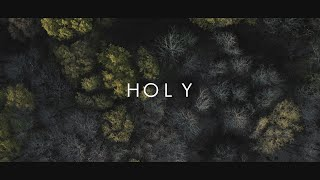 Justin Bieber - Holy feat. Chance the Rapper (Lyric Video)