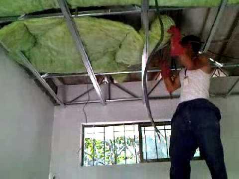 Aislamiento para cielo raso en drywall youtube for Como poner chirok en el techo