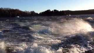 Boston Whaler Outrage 19 in winds gusting up to 40 knots
