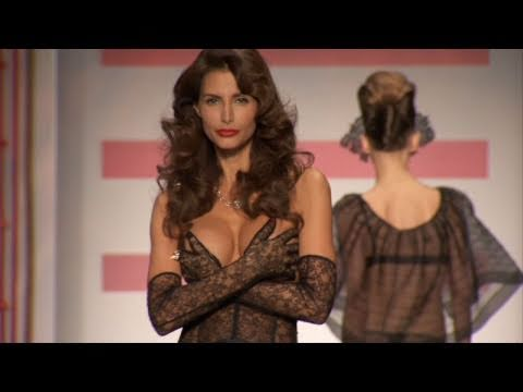 104dc1b16 Carine Gilson s 1940s Hollywood-Inspired Looks at Lingerie New York  Party  Builders Bonus Material - YouTube