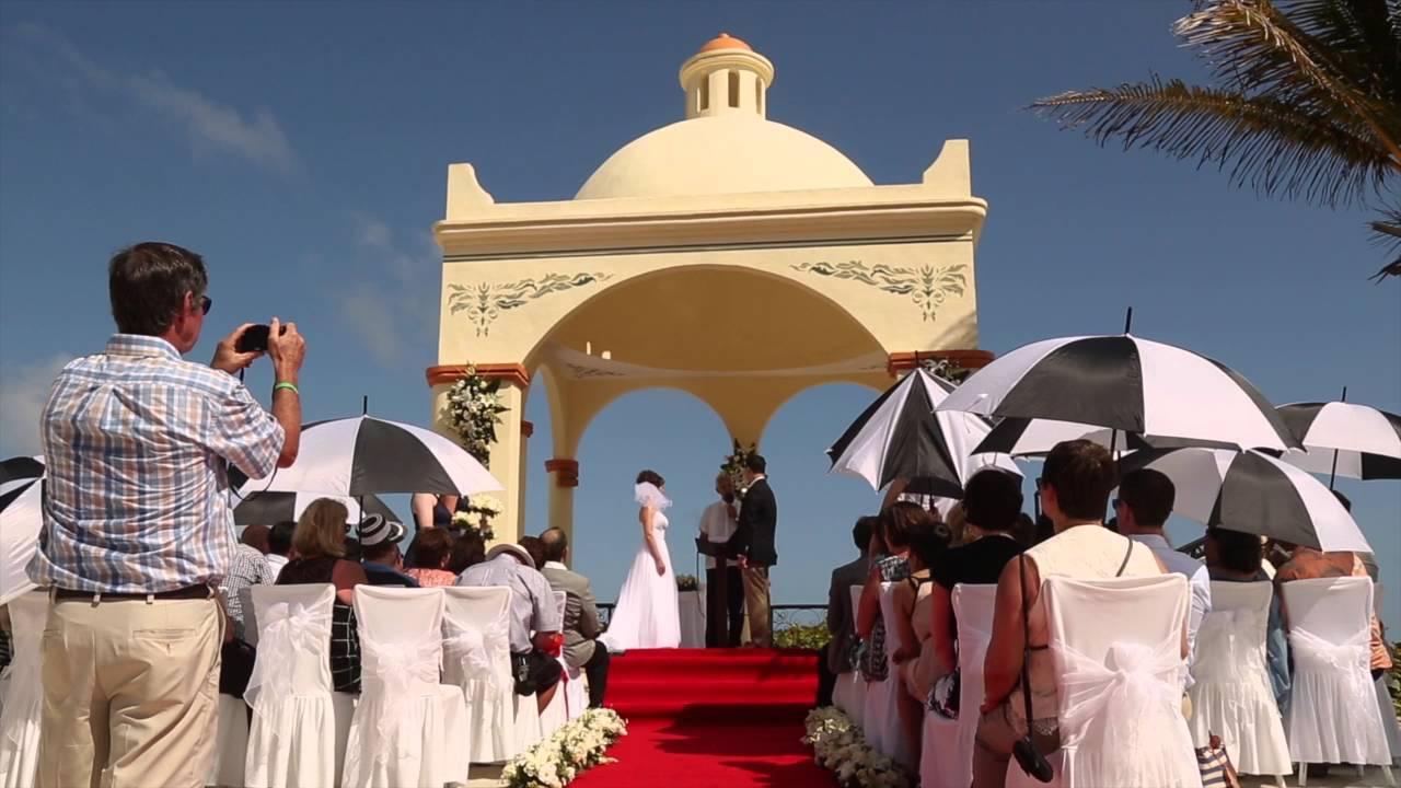 Panorámica de la playa - Picture of Luxury Bahia Principe ... |Bahia Principe Akumal Women