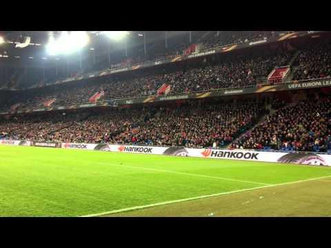 FC Basel - Sevilla   Stimmung Im St. Jakob Park