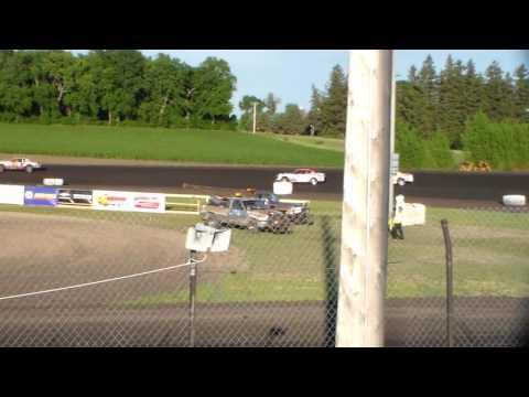 Stock Car Heat 1 @ Hancock County Speedway 06/27/17
