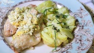 """Судак """"Мечта рыбака"""" с соусом по-польски и гарниром из картофеля под пряными травами."""
