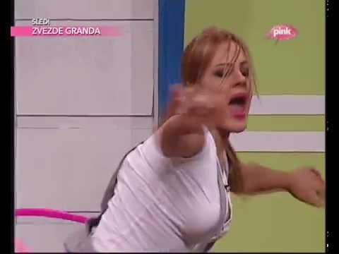 Ivana Panzalovic hulahop mesanje guzom
