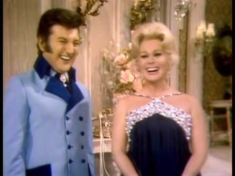 The Liberace : Liberace welcomes Miss Eva Gabor 1969