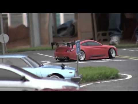Видео для детей: Гараж Алекса! Тест Драйв BMW M3. Машинки на пульте управления.