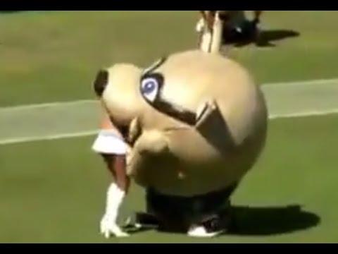 Inflatable Mascot EAT CheerLeader!