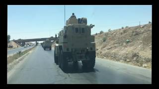 بالفيديو والصور.. قوات أردنية ضخمة تتجه إلى الحدود السورية