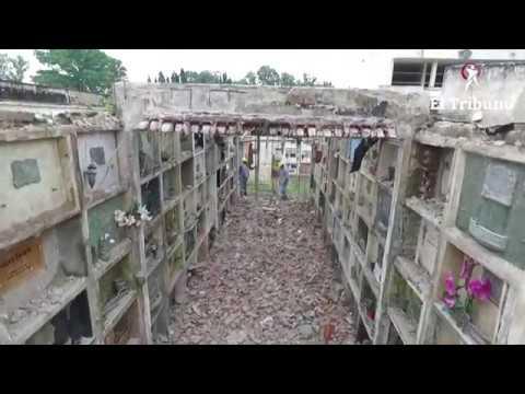 El dron de El Tribuno recorrió el techo derribado de un sector del cementerio de la Santa Cruz