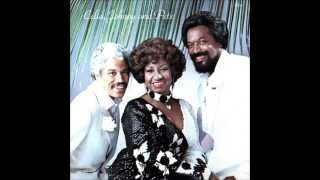 Watch Celia Cruz La Dicha Mia video