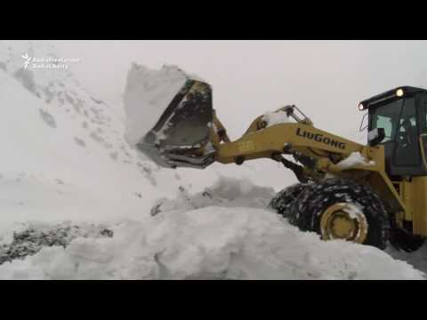 Deadly Avalanches Bury Highway In Tajikistan