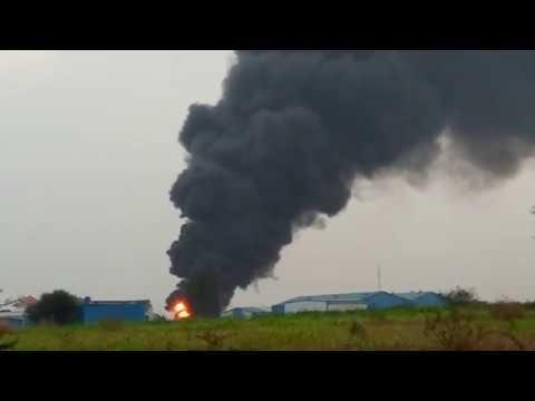 चिखली गावामध्ये शेलारवस्ती परिसरामध्ये पेंटच्या कारखान्यामध्ये मोठी आग