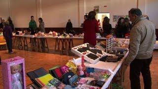 Bazar português tenta amenizar a crise