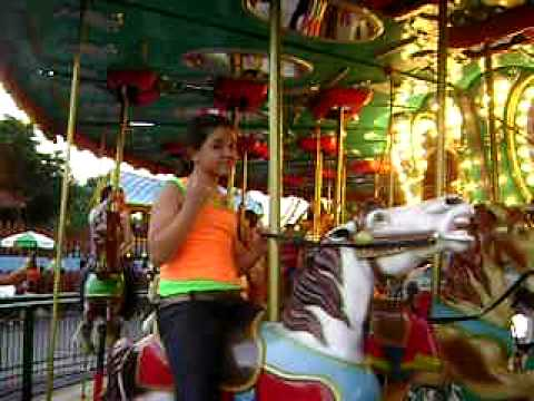 Carrosel no playcenter Videos De Viajes