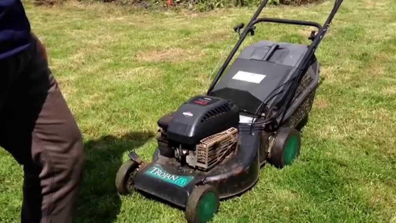 atco qualcast trojan 18s self propelled petrol lawn mower. Black Bedroom Furniture Sets. Home Design Ideas