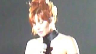 Mylène Farmer - Laisse le vent emporter tout (live in Brussels 2009-09-19)