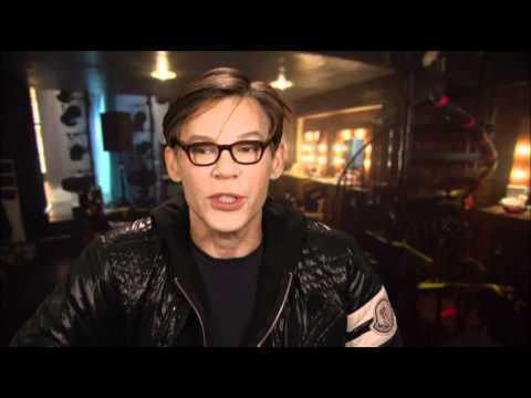 Burlesque   Steven 'Steve' Antin   Addict