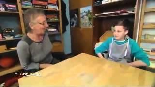 Transsexualität bei Kindern - Weg eines 12 Jährigen Mädchens Jungens (Deutsche Doku) (HQ 2014)