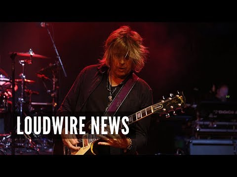 Stone Temple Pilots Guitarist Accused of Domestic Violence