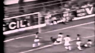 Pelé ●  BICYCLE KICK GOALS - Gols de Bicicleta - Goles de Chilena