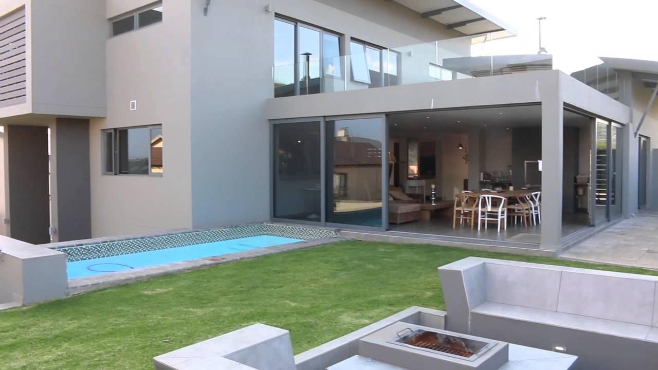 R8800000 doublestorey house golf estate for sale in Sterrewag