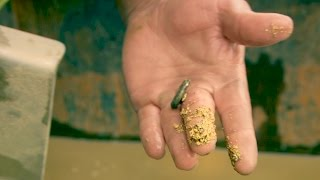 Look at That Chunky Gold In Parkers Sluicebox! | Gold Rush