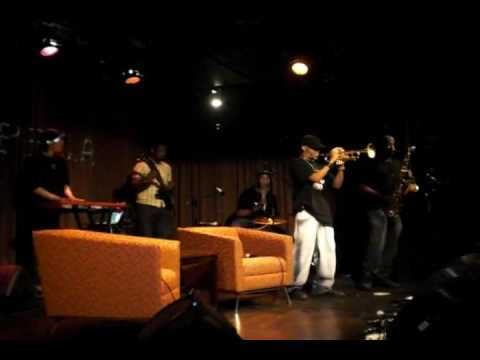 02 The Cypher @ Noisemakers w/ Rosenberg ft. Raekwon of Wu-Tang Clan Pt1
