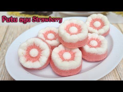 Resep putu ayu strawberry   Resep Pink 1