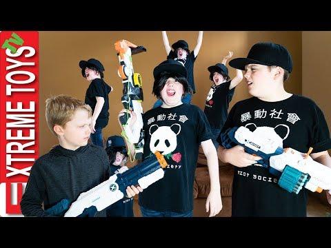 Crazy Clone Ethan Returns! Sneak Attack Squad VS the Clones!