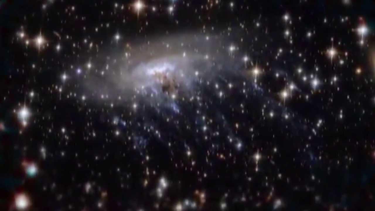IN VIAGGIO VERSO LA GALASSIA A SPIRALE ESO 137-001 - IMMAGINI SPETTACOLARI!