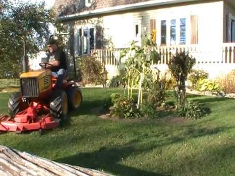 tracteur de jardin 4x4 articul de fabrication artisanal homemade youtube. Black Bedroom Furniture Sets. Home Design Ideas