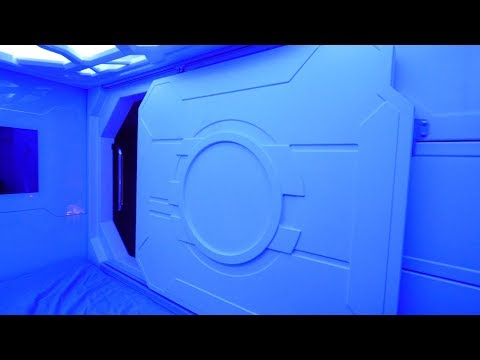 Space Capsule Hotel in Hong Kong