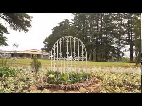 Jardin el cerro fraijanes guatemala youtube for Bungalows el jardin retalhuleu guatemala