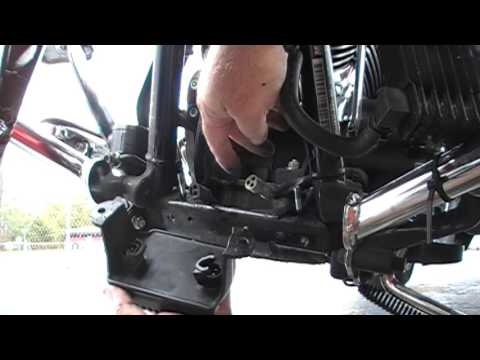 voltage regulator replacement on 2012 Street Glide - YouTube