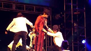 Show Luo - Mohegan Sun  MJ Moonwalk Show Lo.mp4